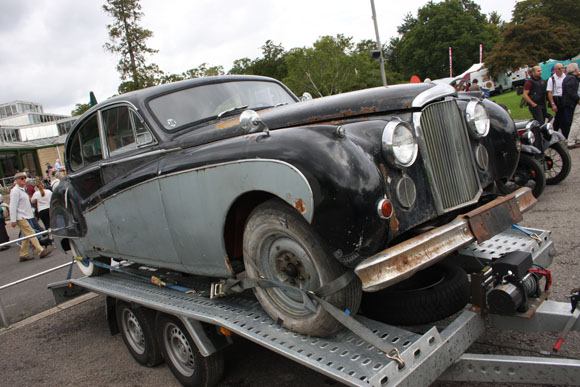 Classic Bentley for restoration