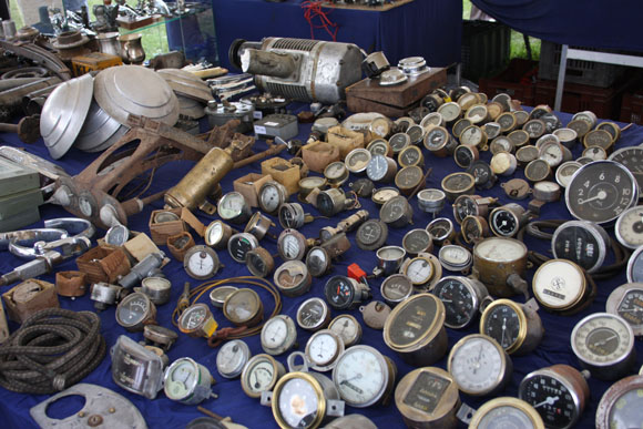 Classic dials at Beaulieu International Autojumble 2015